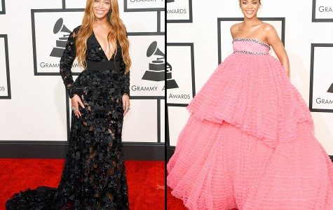 Beyonce (Left) & Rihanna (Right) at Grammys